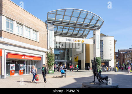 Entrance to Intu shopping centre, High Street, Uxbridge, London Borough of Hillington, Greater London, England, United Kingdom - Stock Image