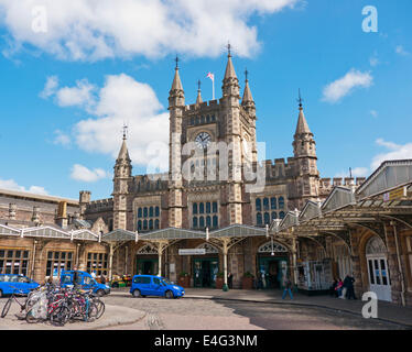 Bristol Temple Meads railway station in Britain - Stock Image