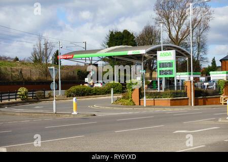 ASDA petrol station, Sankt Augustin Way, Grantham, Lincolnshire, England - Stock Image