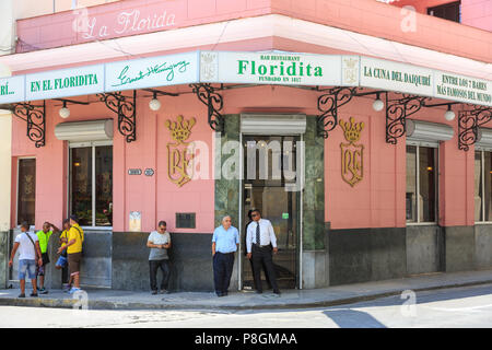 El Floridita, famous restaurant and cocktail bar frequented by Hemingway, Calle Obispo Habana Vieja, Havana, Cuba - Stock Image