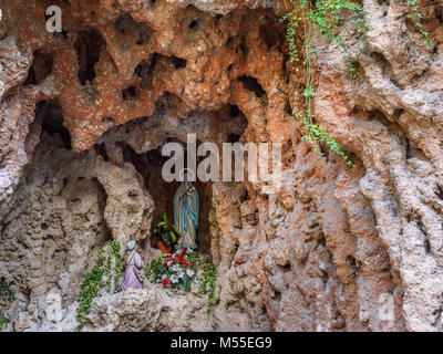 Our Lady of Lourdes grotto, Sibenik, Croatia - Stock Image