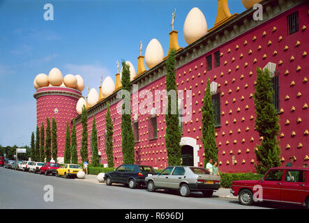 Dali Museum side elevation Figueres - Stock Image