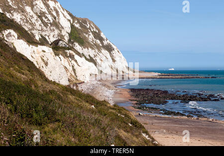 view looking east along the cliff-line at Capel-le-Ferne,  looking towards Samphire Hoe, Kent - Stock Image