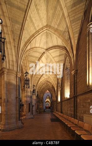 England, London. Southwark Cathedral or The Cathedral and Collegiate Church of St Saviour and St Mary Overie, Southwark, - Stock Image