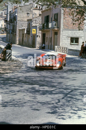 1967 Herbie Muller Swiss Ferrari 412P Targa Florio dnf Collesano - Stock Image