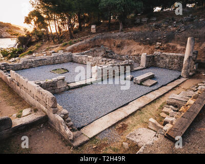 Temple ruins at Ailiki Port in Thasos Island, Greece - Stock Image