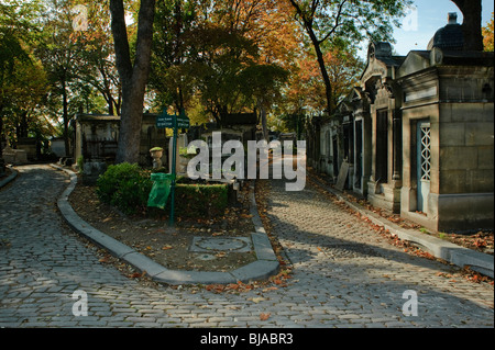 Paris, France - 'Pere Lachaise' Cemetery, Monument dark road, Empty Street Scene, Local Neighbourhoods - Stock Image