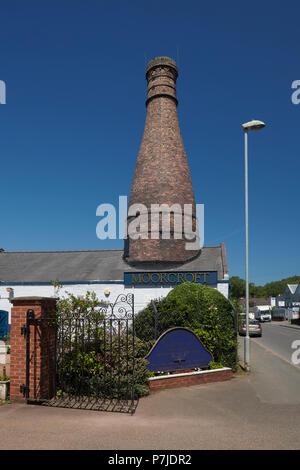 Moorcroft Pottery Visitor Centre with Bottle Kiln Burslem Stoke on Trent Staffordshire England UK - Stock Image