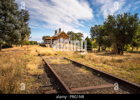 Woodstock railway station is a heritage-listed former railway station on the Blayney–Demondrille railway line at Woodstock, Cowra Shire, NSW - Stock Image