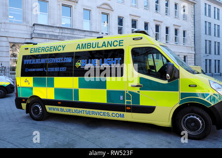 Blue Light Services Emergency Ambulance parked outside Barts NHS Hospital in the City of London England UK  KATHY DEWITT - Stock Image