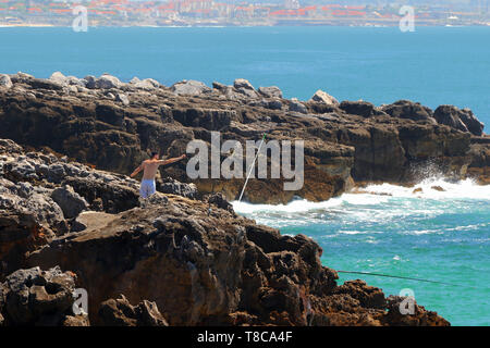 Scenic view of the waves of the Atlantic Ocean, Boca Do Inferno (Hell's Mouth), Cascais, District of Lisbon, Portugal - Stock Image