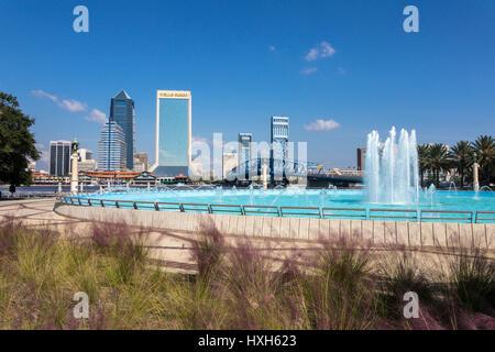 Jacksonville skyline, Friendship Fountain, Florida, USA - Stock Image