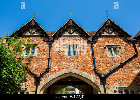 Malvern Priory Gatehouse at Great Malvern, Worcestershire, England - Stock Image