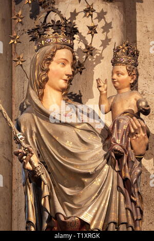 fine arts, religious art, Madonna statue in the Cologne cathedral, Artist's Copyright has not to be cleared - Stock Image