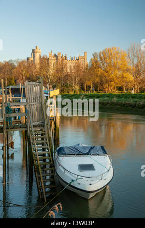 Sunrise on river Arun in Arundel, West Sussex. - Stock Image