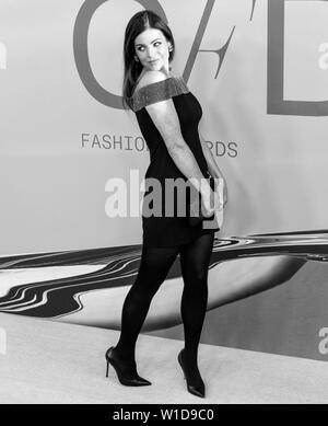 New York, NY - June 03, 2019: Julia Restoin-Roitfeld attends 2019 CFDA Fashion Awards at Brooklyn Museum - Stock Image