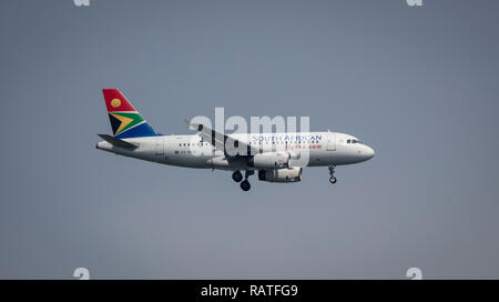ZS-SFM South African Airways Airbus A319-100 coming in to land at Entebbe, Uganda, Africa - Stock Image