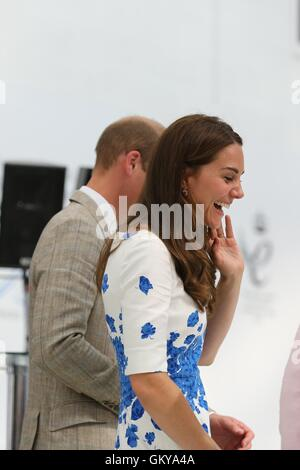 Luton, Bedfordshire, UK. 24th August 2016. The Duke and Duchess of Cambridge visit Hayward Tyler and open their - Stock Image