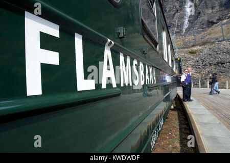 Flåmsbana carriage on the Flåm Railway line between Myrdal and Flåm at the platform at Kjosfossen - Stock Image
