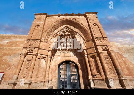 Main gate  of the 18th Century Ottoman architecture of the Ishak Pasha Palace (Turkish: İshak Paşa Sarayı) ,  Agrı province of eastern Turkey. - Stock Image