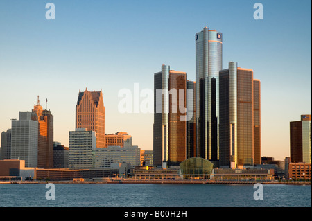 USA Michigan Detroit Downtown and Renaissance Center across Detroit River - Stock Image