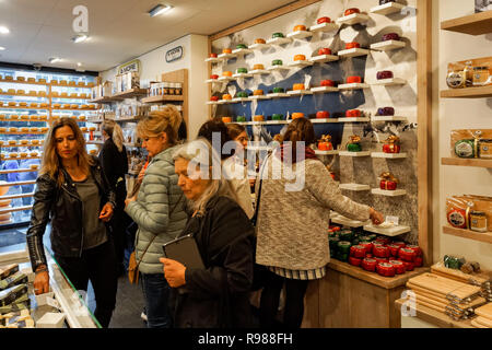 Traditional Dutch cheese shop in Amsterdam, Netherlands - Stock Image