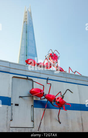 Art Installation by Joe Rush, Vinegar Yard, London. - Stock Image