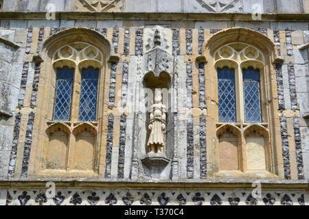 Statue of St Edmund at St Edmunds Church, Southwold Seaside Resort in Suffolk, UK - Stock Image