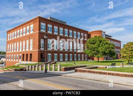 Greeneville, TN, USA-10-2-18: Federal Courthouse, in downtown Greeneville. - Stock Image