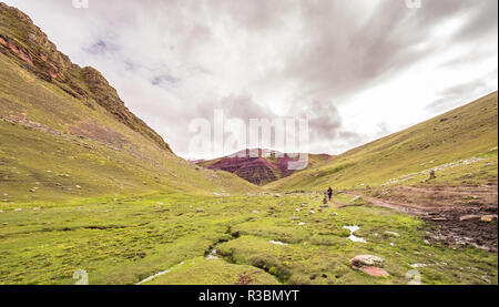 Views of the peruvian mountains close to the Vinicunca - Stock Image