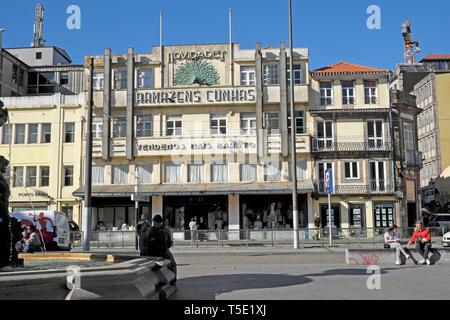 Exterior facade of Armazéns Cunhas department store building in Praça de Gomes Teixeira Square in the city of Porto Portugal Europe KATHY DEWITT - Stock Image