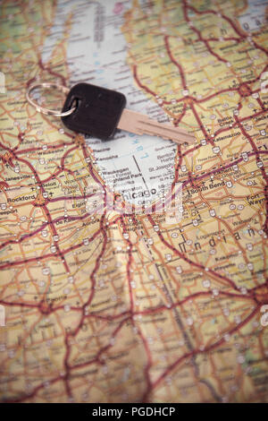 Map showing Chicago in the United States of America with a key lying on top of the page - Stock Image