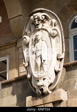 Stone carving of St Peter on the Porta San Pietro in Lucca city walls, Tuscany, Italy, Europe - Stock Image