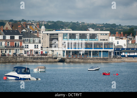 Mowlem theatre, general view, in Swanage - Dorset. As seen from the pier back across the bay. - Stock Image