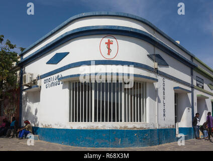 Clinic in an old portuguese colonial building, Namibe Province, Namibe, Angola - Stock Image