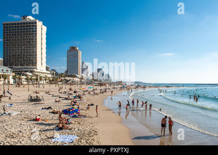 Israel, Tel Aviv - 19 September 2018: The beach on Yom kippur is unusually calm - Stock Image