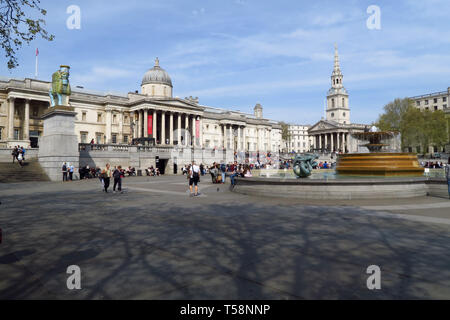National Gallery with St Martin in the Fields Church to the rear, Trafalgar Square, London - Stock Image