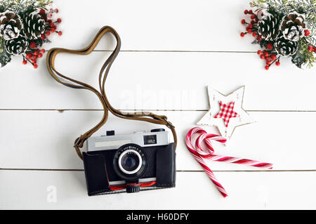 Old vintage camera and Christmas decor - Stock Image