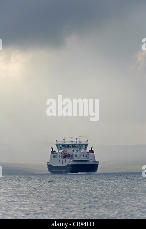 Inter-island ferry 'Daggri' crossing Yell Sound in the Shetland Isles. October 2010. - Stock Image