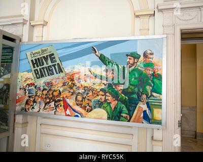 Huye Batista: painting in the museum of revolution showing Fidel Castro saluting Havana crowds as dictator Fulgencio Batista flees Cuba - Stock Image