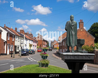 The small market town of Loddon with it town sign, Loddon, Norfolk, England, UK - Stock Image