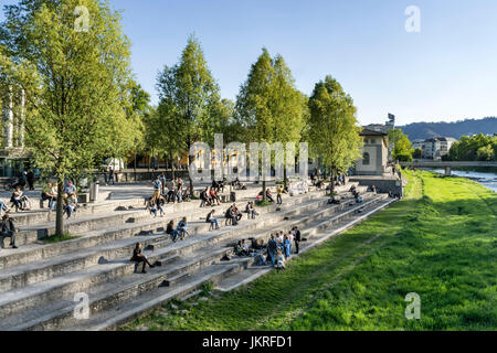 Sigi Feigel Terasse, people relaxing,  river Sihl, Gessnerallee, Zurich, Switzerland - Stock Image