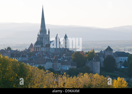 Saint Nazaire Cathedral Autun Burgundy France with gothic spire seen from Rue de Planoises in the evening - Stock Image