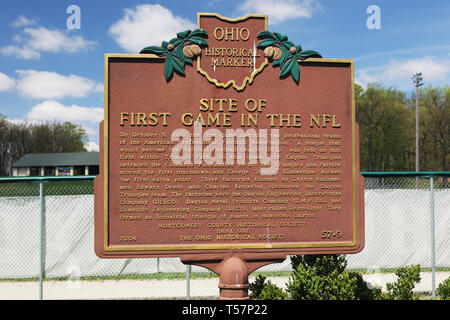 Ohio Historical Marker: Site Of The First Game In The NFL. The site of the first NFL Football game is now the Howell Baseball Field in Triangle Park,  - Stock Image