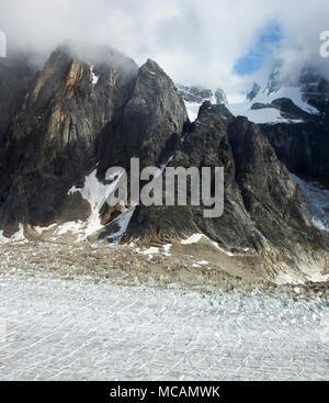 Alpine spires, Ruth Gorge, Denali - Stock Image
