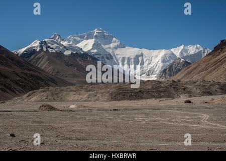 Changtse and Mount Everest view from Rongbuk valley - Stock Image
