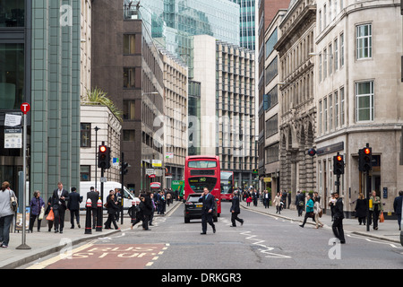 Traffic and office workers, Fenchurch Street the City of London, England - Stock Image