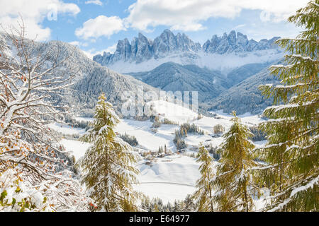 Winter snow St. Magdalena village Geisler Spitzen (3060m) Val di Funes Dolomites mountains Trentino-Alto Adige South - Stock Image