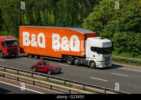 B&Q HGV travelling on the M56 motorway in Cheshire UK - Stock Image