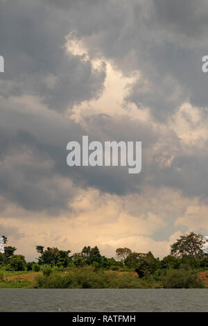 storm clouds above Lake Victoria, in the vicinity of Entebbe, Uganda, Africa - Stock Image